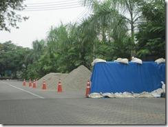 2011_10_20 Flood Preparations (5)