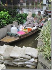2011_10_20 Flooded Market (6)