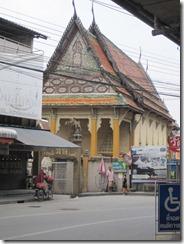 2011_10_20 Flooded Market