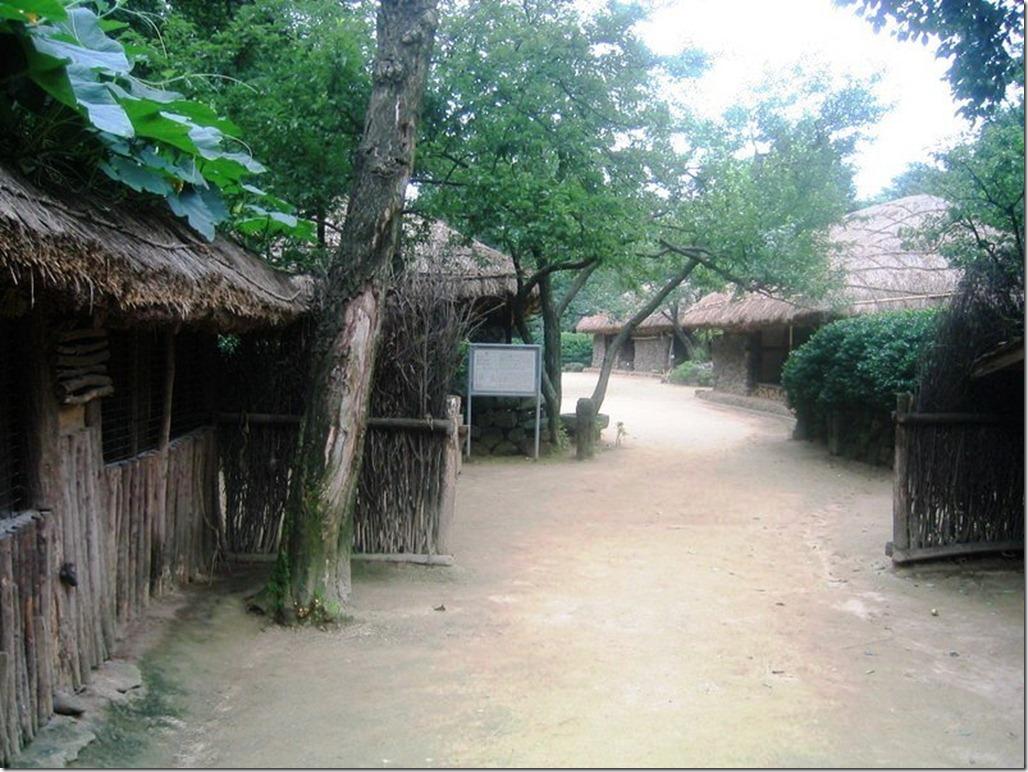2005_07_15 Korean Folk Village (21)