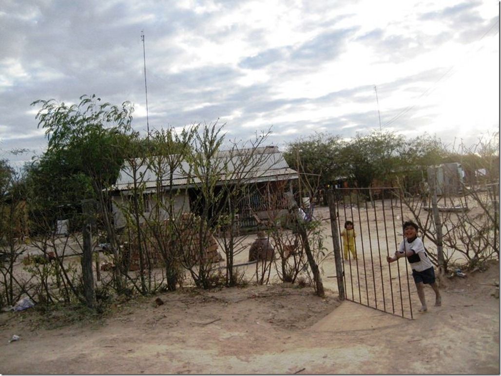 2009_06_20 Paraguay Indigenous (21)