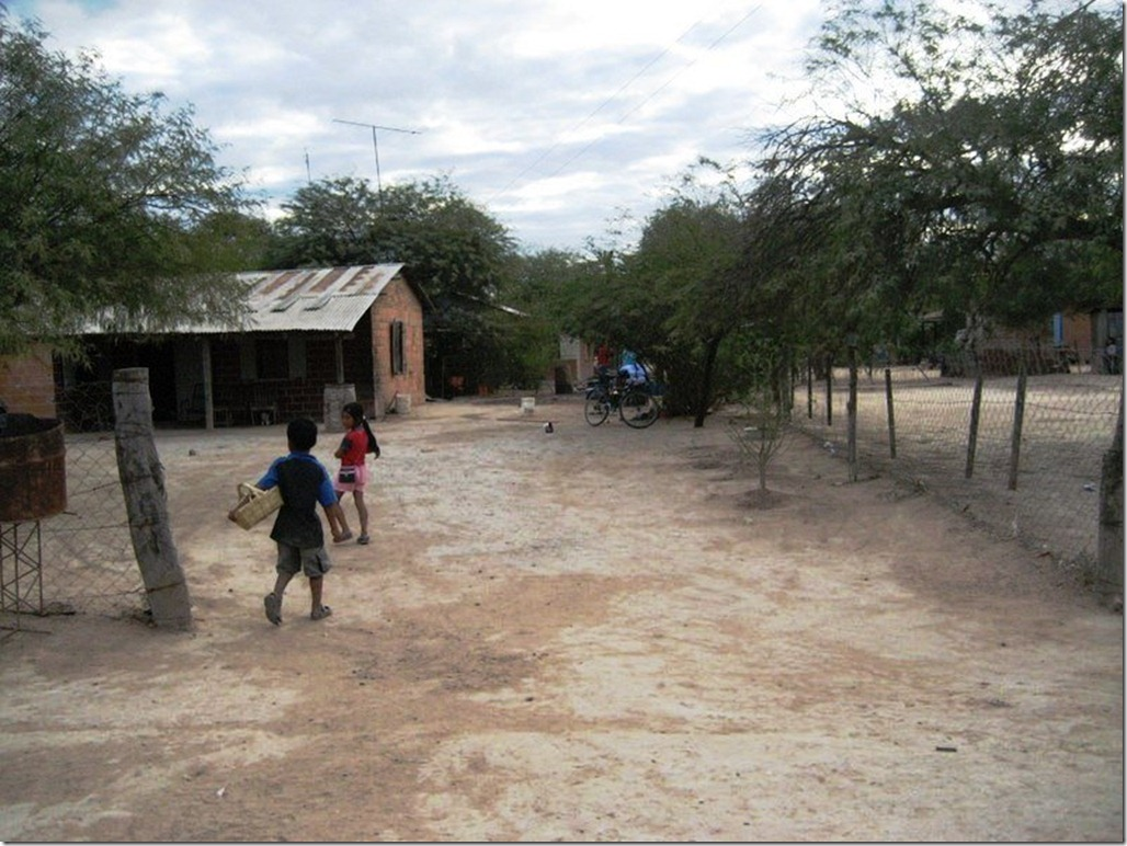 2009_06_20 Paraguay Indigenous (24)