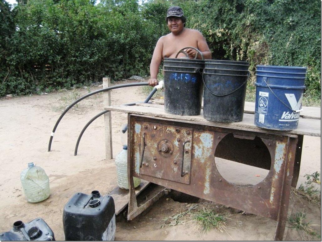 2009_06_20 Paraguay Indigenous (33)