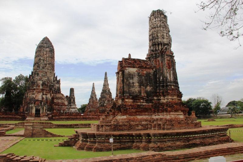 Ayutthaya Thailand  city images : Wat Chaiwatthanaram in Ayutthaya, Thailand | World Adventurers