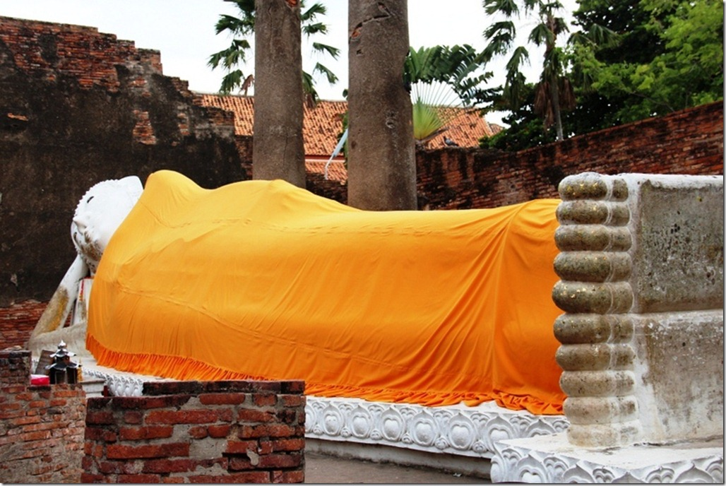 2012_08_11 Wat Yai Chai Mongkon (6)