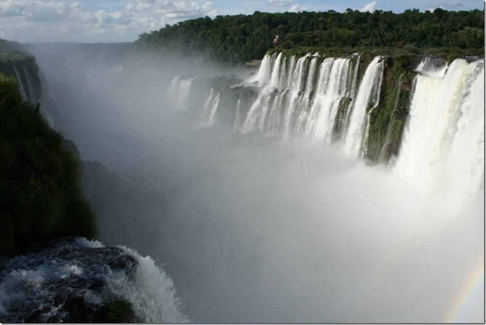 Iguazu Falls vs. Victoria Falls (with Photos) (2/6)