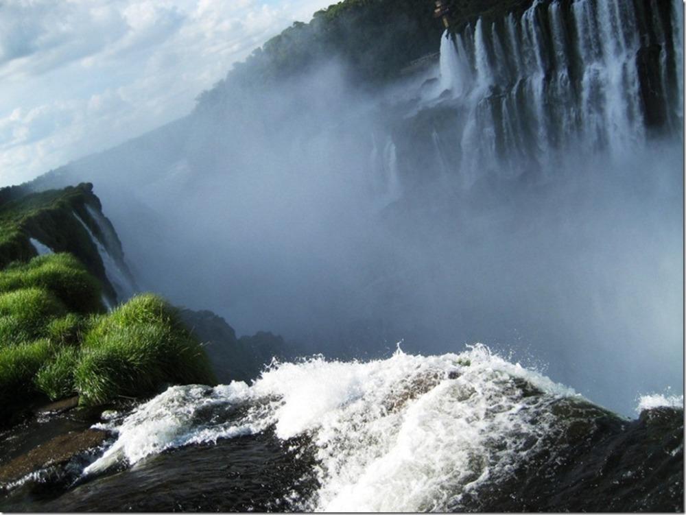 Iguazu Falls vs. Victoria Falls (with Photos) (3/6)
