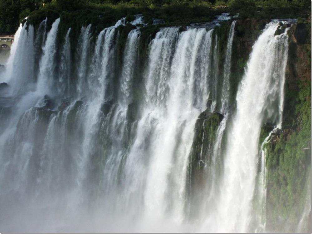 Iguazu Falls vs. Victoria Falls (with Photos) (4/6)