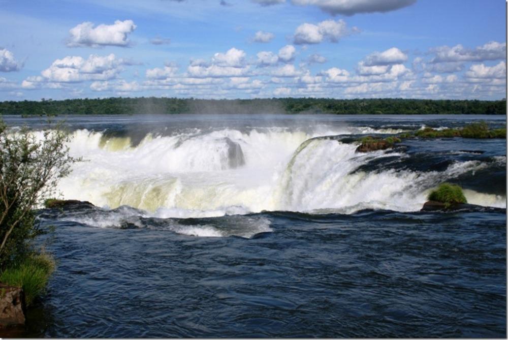 Iguazu Falls vs. Victoria Falls (with Photos) (5/6)