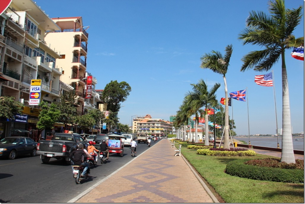 2012_12_30 Cambodia Phnom Penh Waterfront